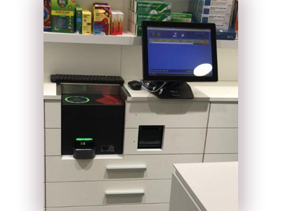 Sistema de gestión de efectivo integrado en el mueble