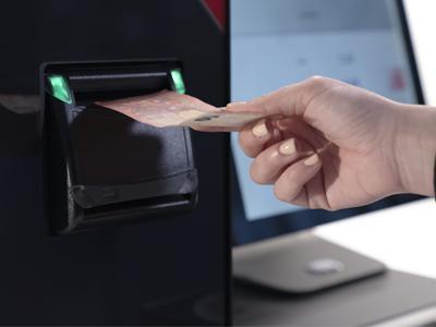 incorporación de billetes en CashProtect